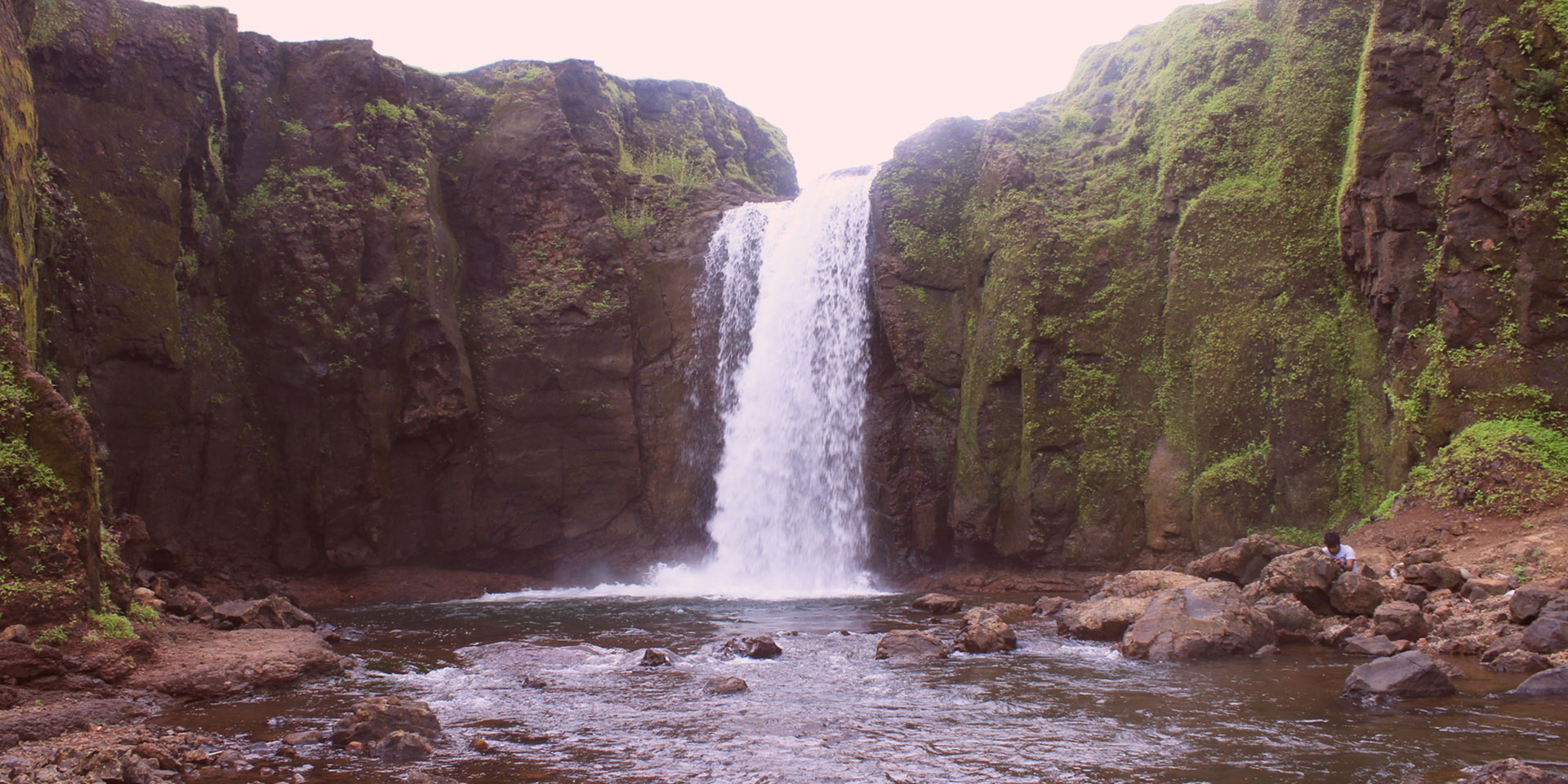 Manoli Waterfall in amba
